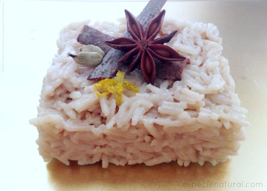 Arroz con leche de coco aromatizada