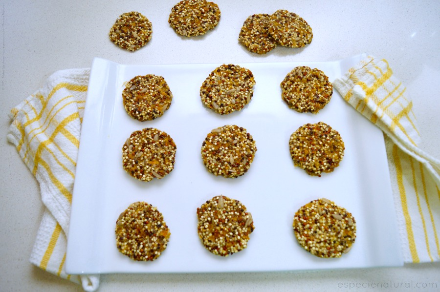 Raw quinoa cookies
